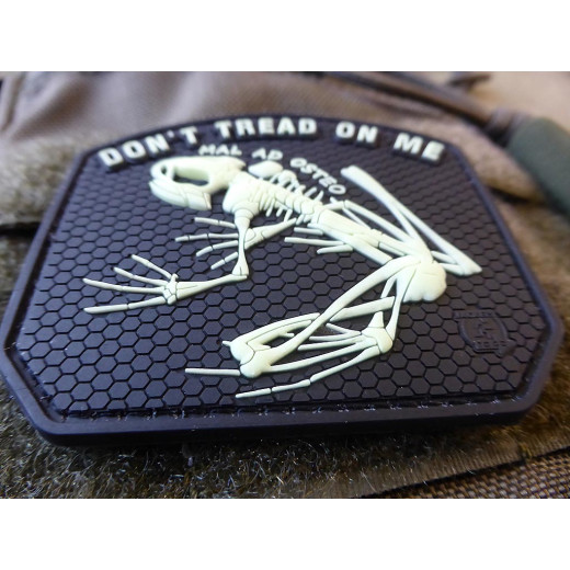 JTG DON´T TREAD ON ME FROG Patch, gid / JTG 3D Rubber Patch
