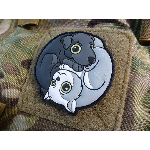 JTG Black Dog - White Cat Yin & Yan Patch, fullcolor / JTG 3D Rubber Patch